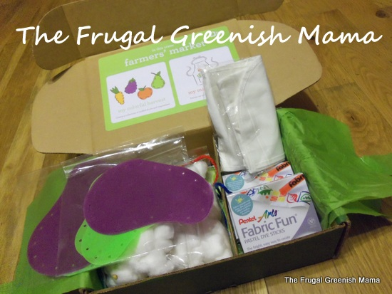Enjoying Our Kiwi Crate – Farmer's Market Fun