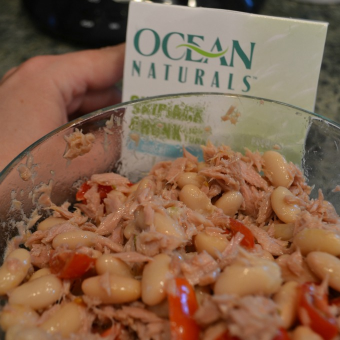 Tuscan Tuna Salad in bowl #OceansNaturals #cbias #shop