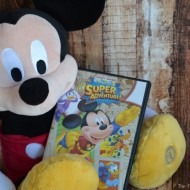 Capture Smiles with Mickey Mouse Club House: Super Adventure
