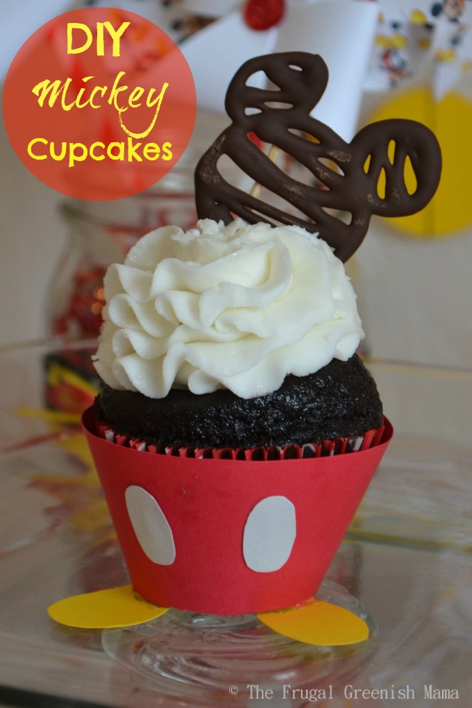 Pictures Of Mickey Mouse Cupcakes : Mickey Mouse Cupcakes With Free Printable Templates - Our ...