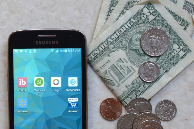 apps to save money title #ad #MarchIntoSavings-1